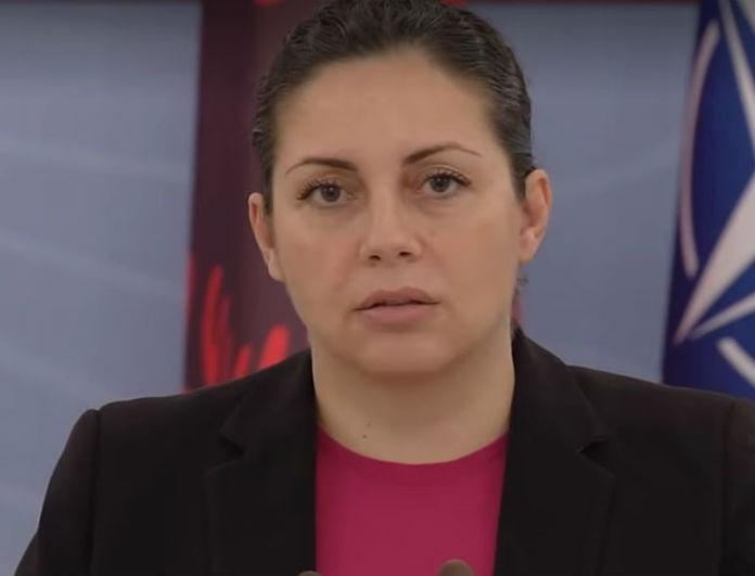 Θρήνος στην Αλβανία! Υπουργός ξέσπασε σε κλάματα ενώ έβγαζε λόγο!