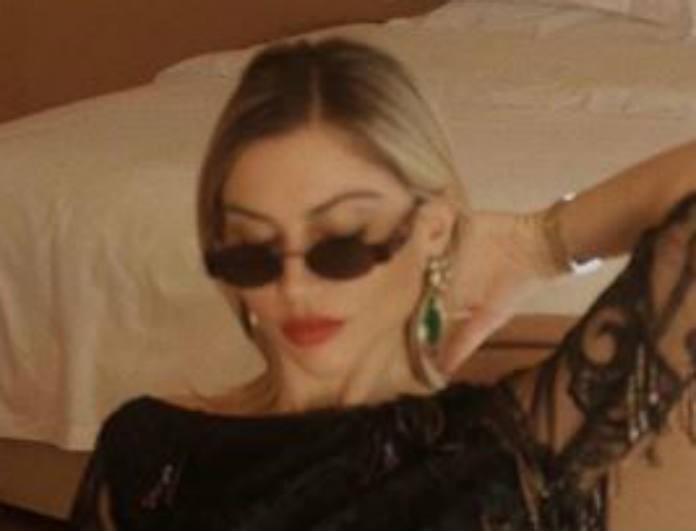 Ναταλία Γεωργαλά: Φοράει το τέλειο φόρεμα για το ρεβεγιόν! Ο συνδυασμός της είναι μοναδικός!