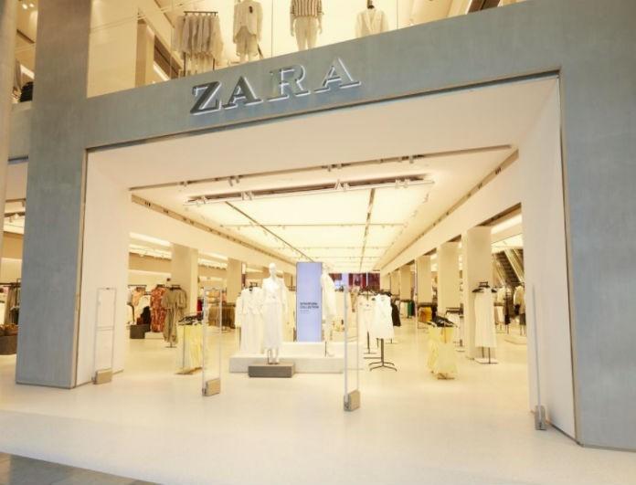 Zara: Το φόρεμα αυτό είναι μαύρο και έχει διαφάνεια στα μανίκια! Θα τους