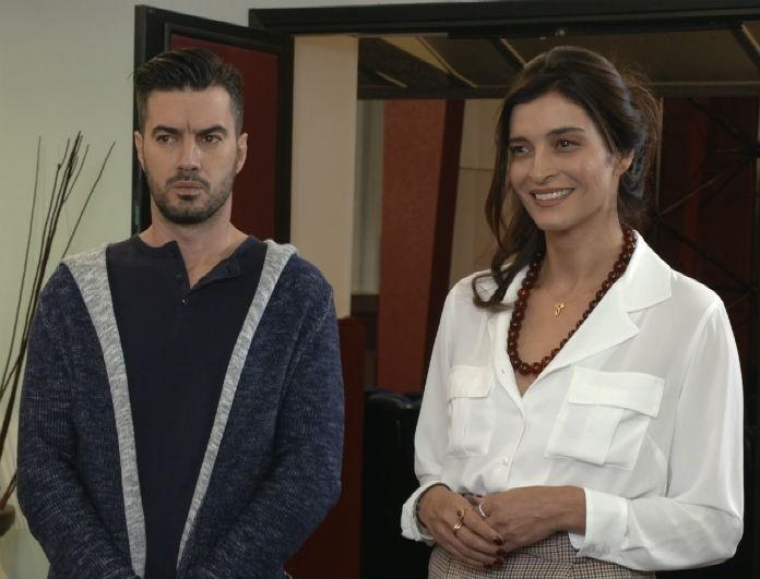 Έλα στη θέση μου: Τρομερές αποκάλυψες! (20/12) Η Φαίη εκβιάζει τη Ρενάτα ότι θα αποκαλύψει στον Αχιλλέα το μυστικό της