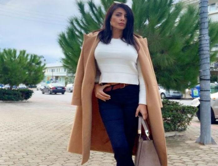 Μίνα Αρναούτη: Παρέδωσε μαθήματα στιλ και όχι μόνο! Το μπεζ παλτό και η ατάκα