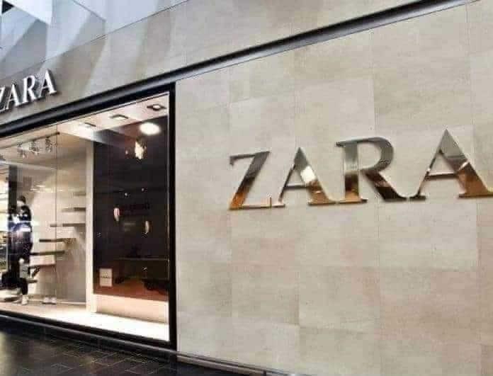 ZARA: Το χρυσό μίνι φόρεμα που προκαλεί φρενίτιδα! Το άνοιγμα του θα σε τρελάνει!