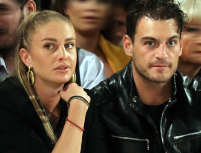 Κατερίνα Δαλάκα: Άφησε για λίγο τον Φιντιρίκο κι έβγαλε φωτογραφία με τον Σάκη Ρουβά! Δείτε την πριν εξαφανιστεί!