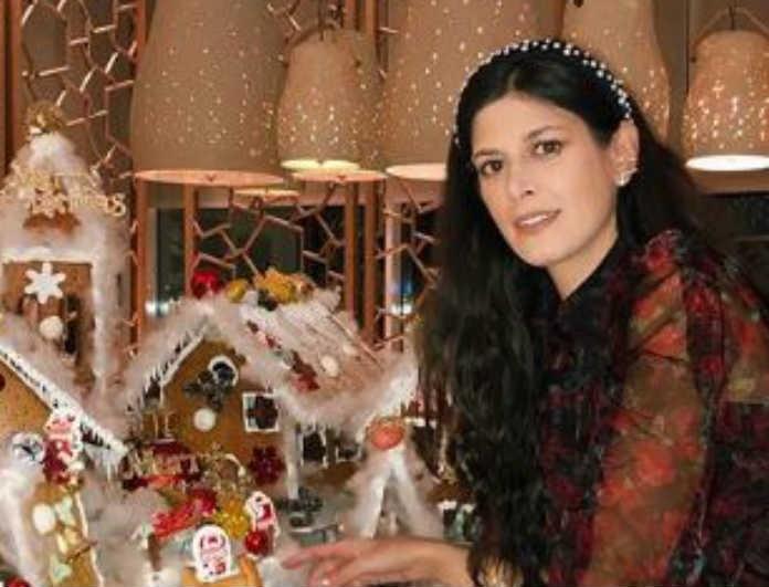 Έφη Αναστασοπούλου: Φόρεσε διάφανο μπλουζάκι και προκάλεσε