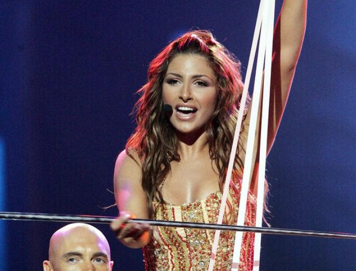 Έλενα Παπαρίζου: Το φόρεμά της στην Eurovision ήταν γεμάτο κρύσταλλα! Οι λεπτομέρειες που δεν ξέραμε!