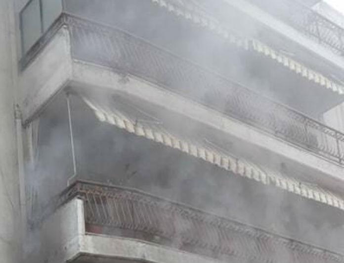 Έκτακτο! Ξέσπασε φωτιά σε διαμέρισμα στη Θεσσαλονίκη!
