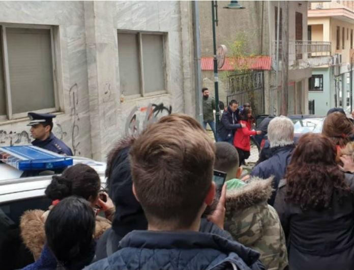 Γρεβενά: Απέραντη οργή του κόσμου κατά του 45χρονου που κακοποιούσε ερωτικά 12χρονη! Δείτε το βίντεο...