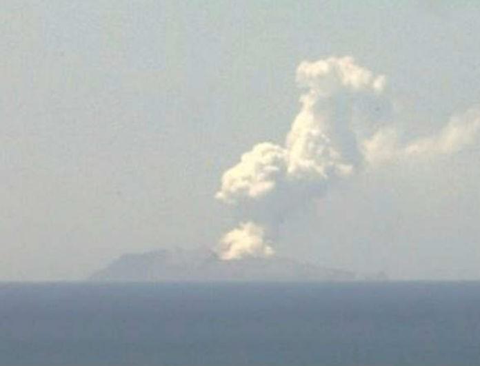 Νέα Ζηλανδία: Ένας νεκρός και δεκάδες οι αγνοούμενοι από την έκρηξη ηφαιστείου (βίντεο)