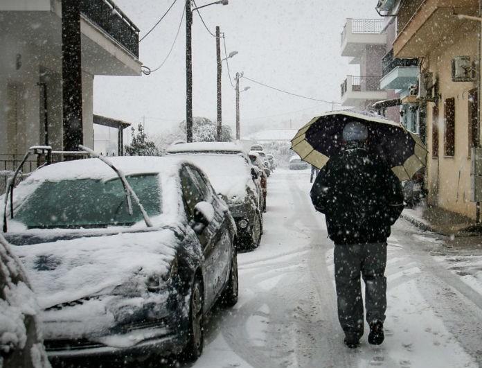 Καιρός σήμερα: Έρχονται τα πρώτα χιόνια στην χώρα! Ποιες περιοχές θα «ντυθούν» στα λευκά;