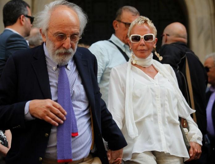 Ζωή Λάσκαρη: Το τελευταίο φιλί που της έδωσε ο Αλέξανδρος Λυκουρέζος στην κηδεία της είχε ανατριχιάσει!