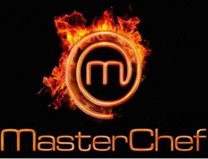 Master Chef: Ποιος «Κρατς»; Αυτός ο διαγωνιζόμενος τους «πατάει» όλους! Είναι κούκλος και κάνει τις γυναίκες να «λιώνουν»!