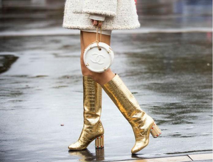 Αυτές οι μπότες είναι η  τελευταία λέξη της μόδας! Έχουν προκαλέσει φρενίτιδα στο διαδίκτυο!