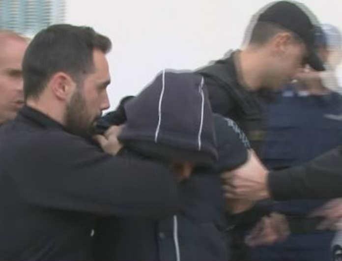 Τραγωδία στους Αγίους Θεοδώρους: Στον εισαγγελέα οδηγούνται οι δυο Ρομά!