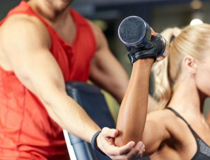 Μήπως πρέπει να... απολύσεις τον προσωπικό σου γυμναστή; Με αυτά τα tips θα καταλάβεις αν κάνει καλή δουλειά!