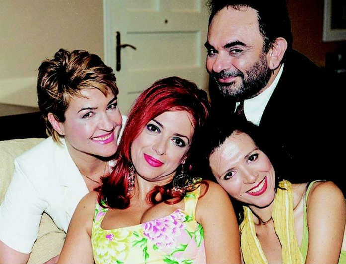 Μεγάλο reunion! Οι ηθοποιοί από τις «Σαββατογεννημένες» επανασυνδέθηκαν μετά από 16 χρόνια!