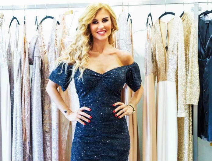 Ένα φόρεμα απο την ΕΙΡΗΝΗ ΜΑΚΚΟΥ που όλες θέλουμε να έχουμε στην γκαρνταρόμπα μας!