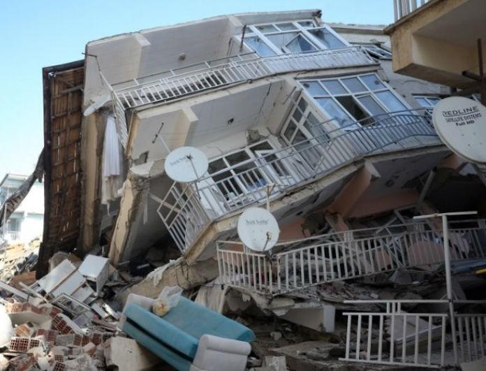 Σεισμός στην Τουρκία: Αυξήθηκε και άλλο ο αριθμός των νεκρών! Φόβοι και γι' άλλους αγνοούμενους!