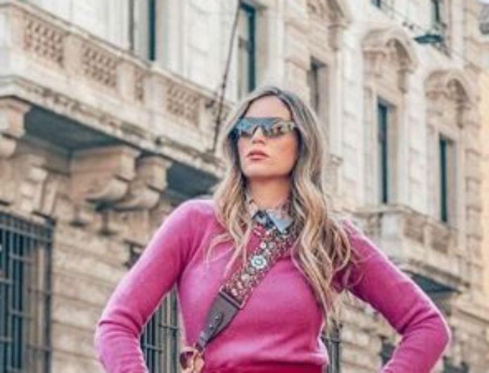 Αθηνά Οικονομάκου: Έβαλε φούξια παντελόνι «σακούλα» και ο Μιχόπουλος έπαθε «αμόκ»! Είναι σε έκπτωση, από 120 ευρώ τώρα...
