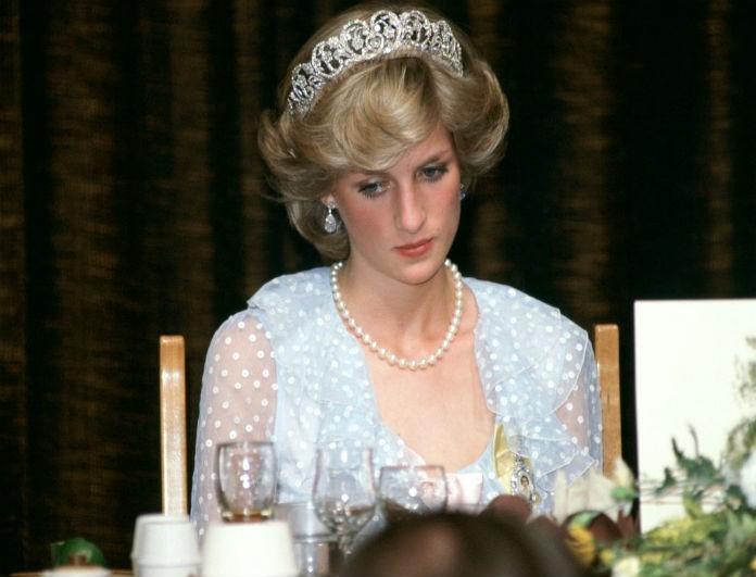 Ανεκδιήγητο! Αυτό ήταν το άτομο με το οποίο το έσκαγε η Diana! Οι έξοδοί τους κόστισαν ακριβά στο Buckingham και την βασίλισσα Ελισάβετ!