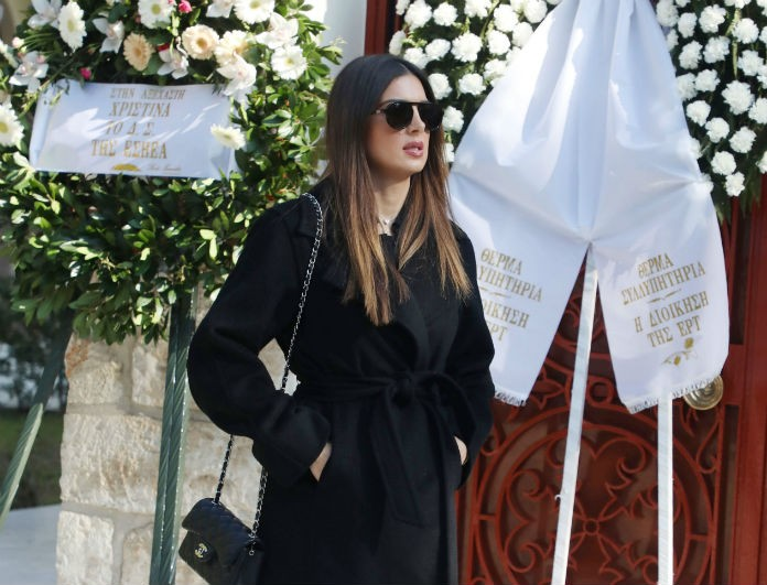 Ράγισαν καρδιές στο τελευταίο «αντίο» στην Χριστίνα Λυκιαρδοπούλου! Ήταν όλοι εκεί...