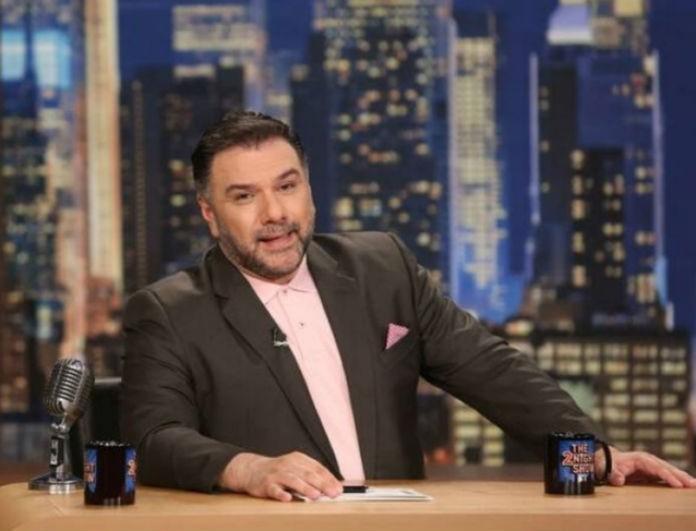 The 2night show: Ποιοι είναι οι σημερινοί καλεσμένοι - έκπληξη του Γρηγόρη Αρναούτογλου;