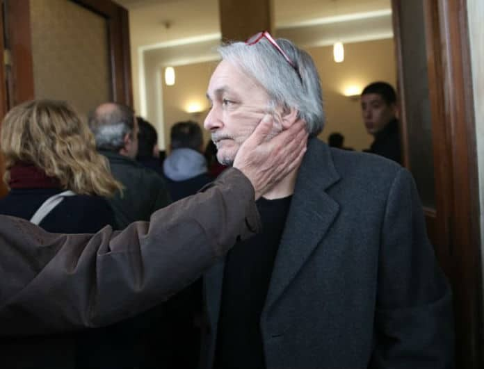 Ανδρέας Μικρούτσικος: Στιγμές αγωνίας στην ΜΕΘ για τον γνωστό παρουσιαστή