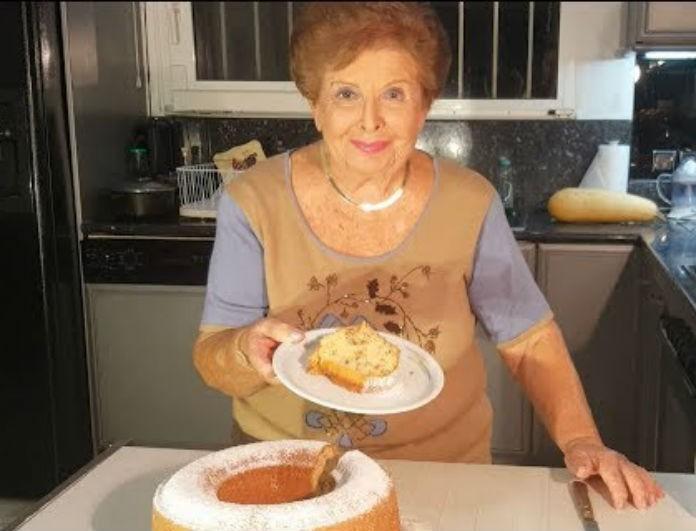 Βέφα Αλεξιάδου: Φτιάξε τα κριτσίνια της με κανέλα! Βάλε ταχίνι και η συνταγή θα φτάσει «ταβάνι»