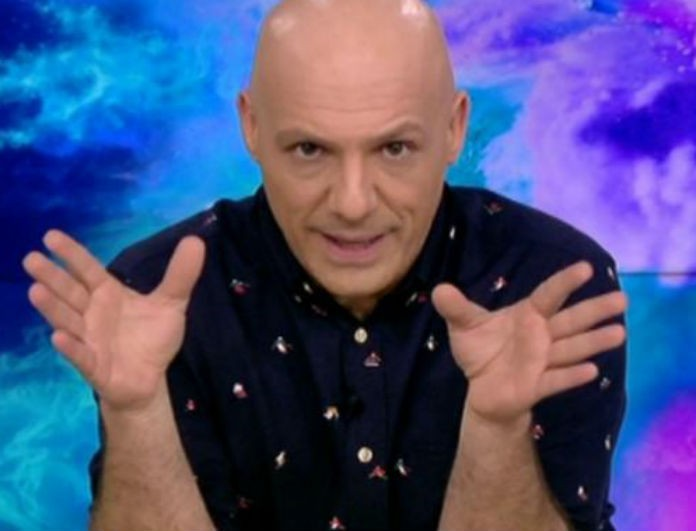 Καλό Μεσημεράκι: Έγινε έξαλλος ο παρουσιαστής με την φάρσα στην Σταυροπούλου! «Υπήρχε περίπτωση να φύγει από ανακοπή»