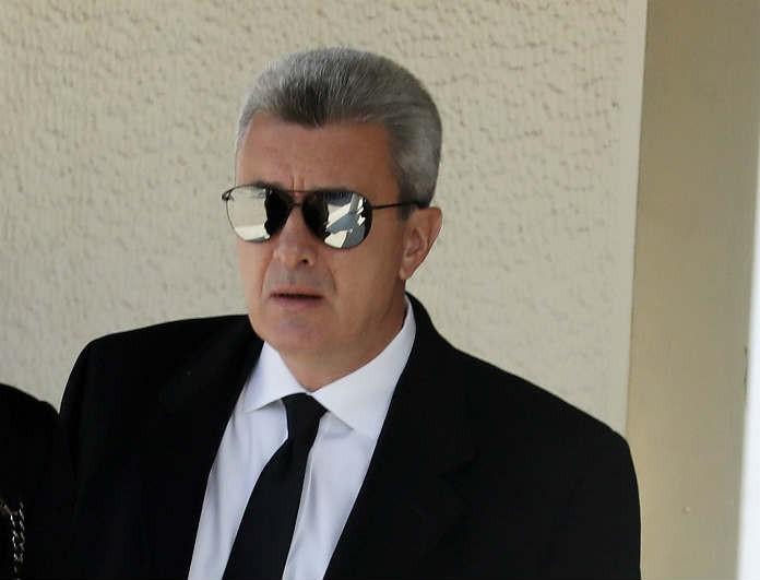 Νίκος Χατζηνικολάου: Πιο θλιμμένος από ποτέ στην κηδεία της Μπρόγιερ! Η