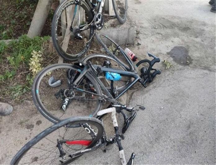 Τροχαίο σοκ στα Χανία! Αυτοκίνητο συγκρούστηκε με ποδηλάτες!