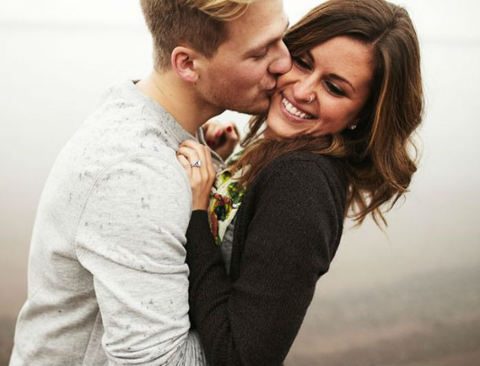 Προσοχή! 12 έξυπνα tips για να τον κάνεις να σε ερωτευτεί!