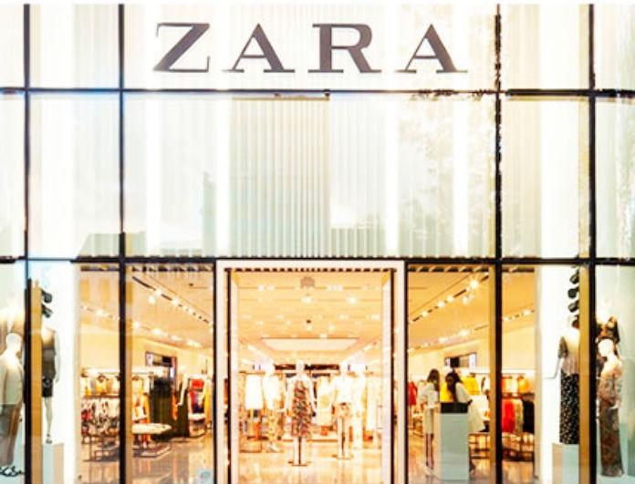 Zara: Τρέχουν οι γυναίκες γι αυτή τη νέα άφιξη! Μίνι σατέν φόρεμα με μόνο 29,95!