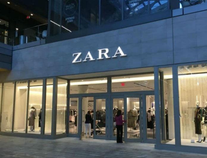 Zara: Αυτό το φόρεμα προκαλεί φρενίτιδα! Είναι μαύρο με «επικίνδυνο» σκίσιμο στο ντεκολτέ και στο πλάι και βρίσκεται σε έκπτωση!