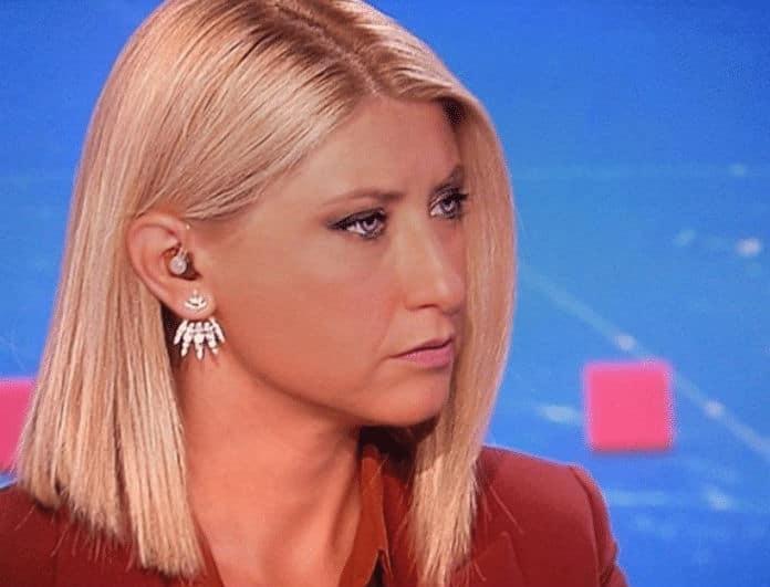 Σία Κοσιώνη: Δεν βγάζει από τα αυτιά της αυτά τα σκουλαρίκια! Είναι χρυσά και ιδιαίτερα!