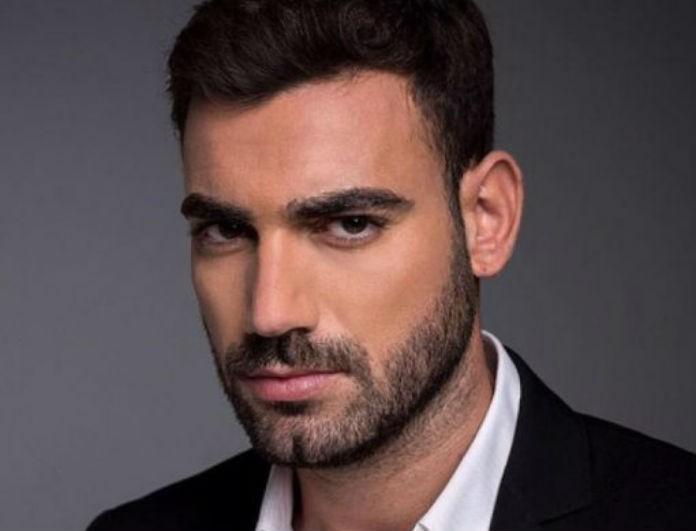 Νίκος Πολυδερόπουλος: Ο Ορφέας από το Τατουάζ έχει στην κουζίνα του λευκό πάγκο! Φωτογραφία μέσα από το σπίτι!