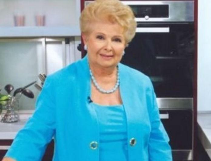 Βέφα Αλεξιάδου: Η συνταγή με κανέλα που έφτιαχνε μόνο η γιαγιά σας! Θα μοσχομυρίσει όλο το σπίτι!
