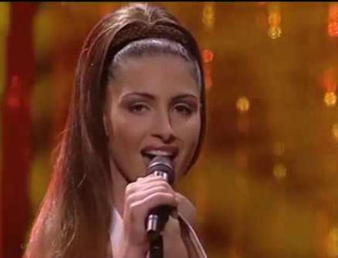 Έλενα Παπαρίζου: Φόρεσε λευκά όπως τότε στην Eurovision! Πήρε 12άρι από το κοινό που την αποθέωσε!