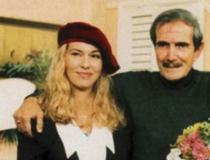 Βυθισμένη στην θλίψη η κόρη του Νίκου Φώσκολου! Ο θάνατος που την «τσάκισε» και το μήνυμα όλο νόημα...
