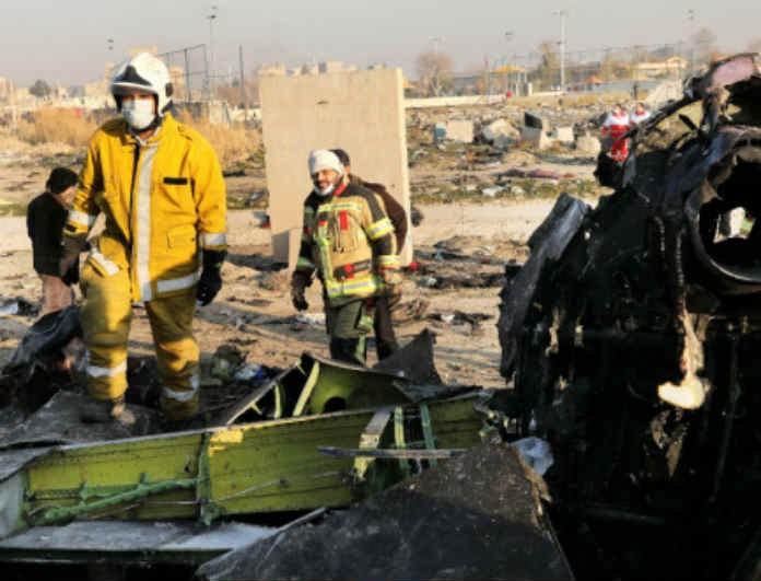 Αεροπορικό δυστύχημα Ιράν: Εικόνες - σοκ! Αυτή είναι η στιγμή που έγινε χίλια κομμάτια!