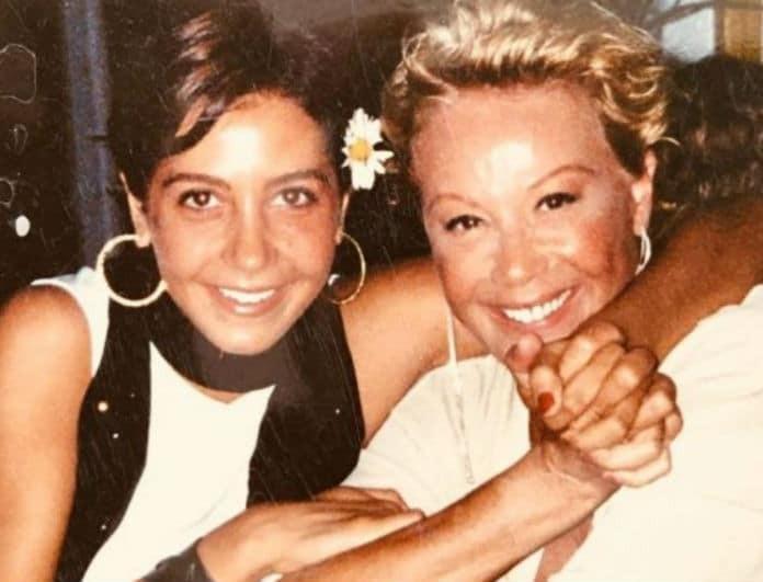 Ζωή Λάσκαρη: Φωτογραφία ντοκουμέντο με την κόρη της, πριν πεθάνει! Με σκούρα μαλλιά και «άλλο» πρόσωπο!
