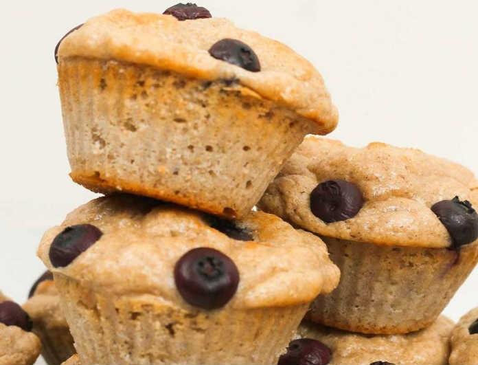 Ποιος είπε ότι δεν μπορείς να φας υγιεινό γλυκό; Αυτά είναι τα muffins πρωτεΐνης που θα αγαπήσεις!
