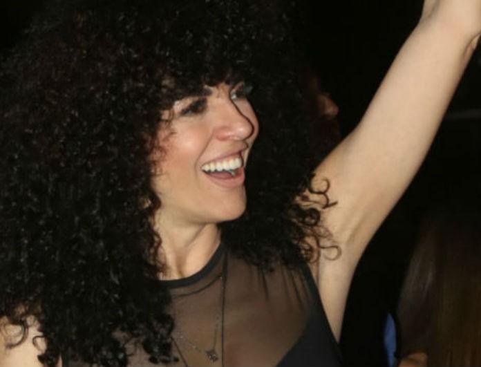 Μαρία Σολωμού: Φόρεσε μαύρη διαφάνεια που αναδείκνυε το εκρηκτικό της μπούστο! Η εμφάνιση της «ζάλισε» τους πάντες!