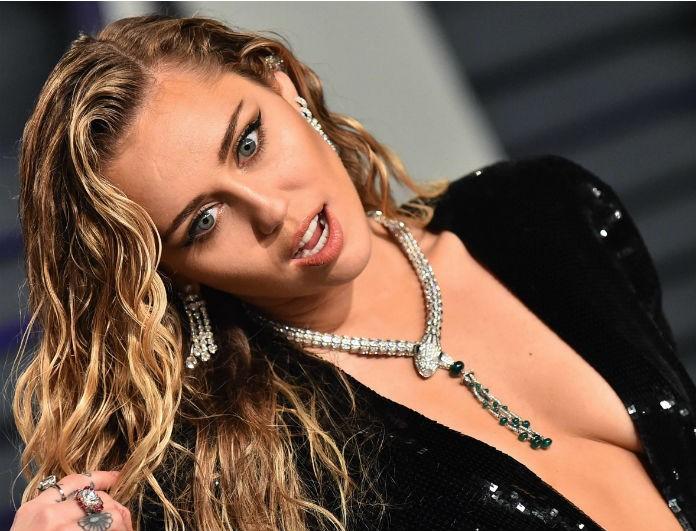 Η Miley Cyrus έκανε την απόλυτη αλλαγή στα μαλλιά της! «Φόρεσε» την μεγαλύτερη τάση του 2020!