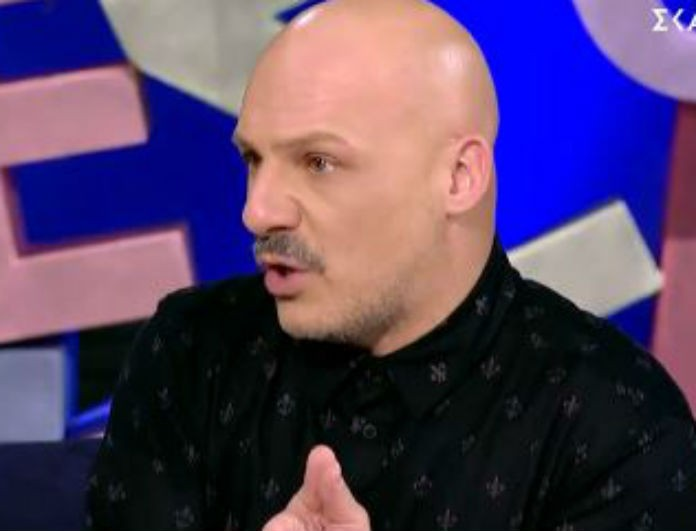 Νίκος Μουτσινάς: Αυτή η γυναίκα του μίλησε για το παιδί και «λύγισε»! Σκούπισε τα δάκρυα του...