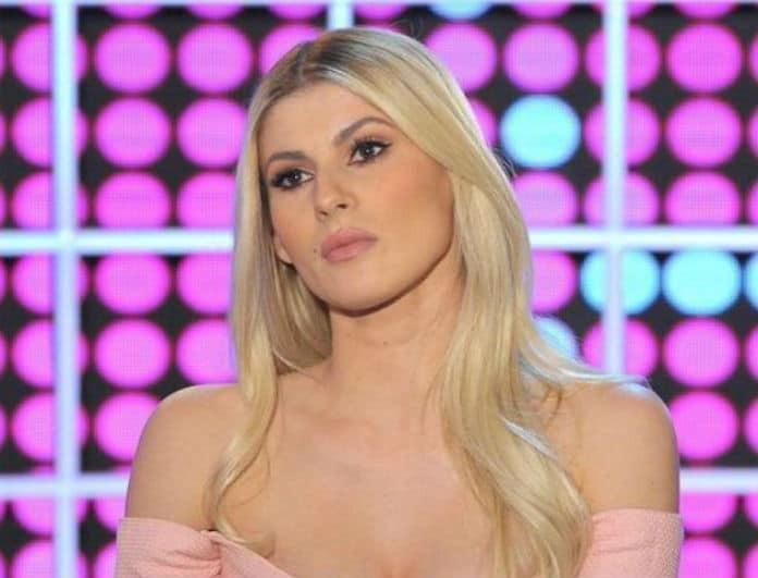 Όλγα Πηλιάκη: Μόνο αυτή θα σιδέρωνε έτσι! Έδωσε άλλη χάρη στις δουλειές του σπιτιού!