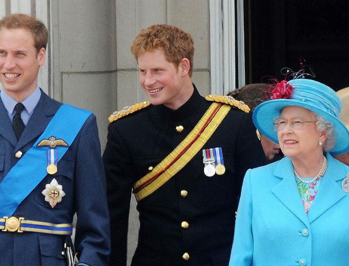 Χαμός στο Buckingham! O πρίγκιπας Χάρι «έφυγε» και η Ελισάβετ έδωσε... νέο τίτλο στον Γουίλιαμ!