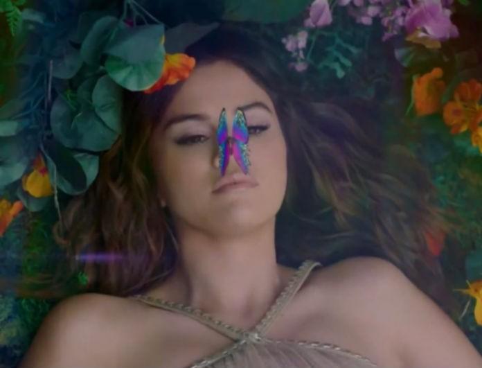 Selena Gomez: Τα holographic νύχια της στο νέο video clip της θα τα ζηλέψεις!