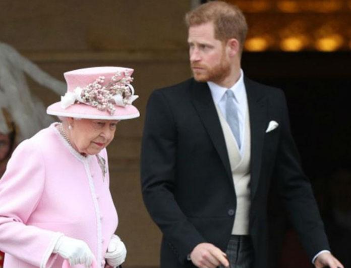 Δέχτηκε «μαχαιριά» η Βασίλισσα Ελισάβετ! Έφυγε από το Buckingham o Πρίγκιπας Χάρι!