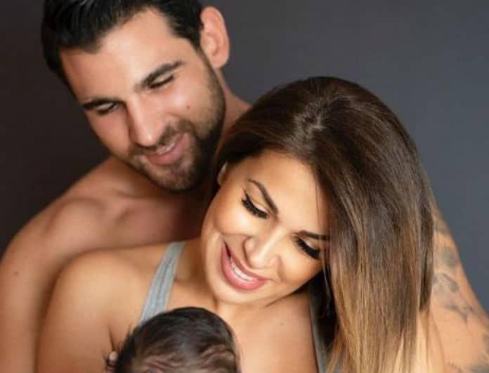 Ελένη Χατζίδου: Ο Ετεοκλής της πήρε την κόρη τους αγκαλιά και το πρόσωπό του φωτίστηκε! Η πιο ωραία φωτογραφία για σήμερα!