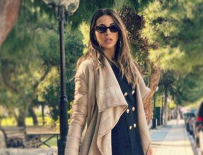 Ελένη Χατζίδου: Φόρεσε το Militaire με τον καλύτερο τρόπο! Έκλεψε τις εντυπώσεις